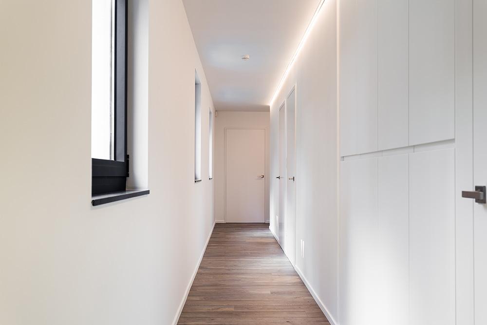 Hall Strip